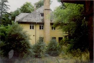 Bis 1998 stand das Haus leer.